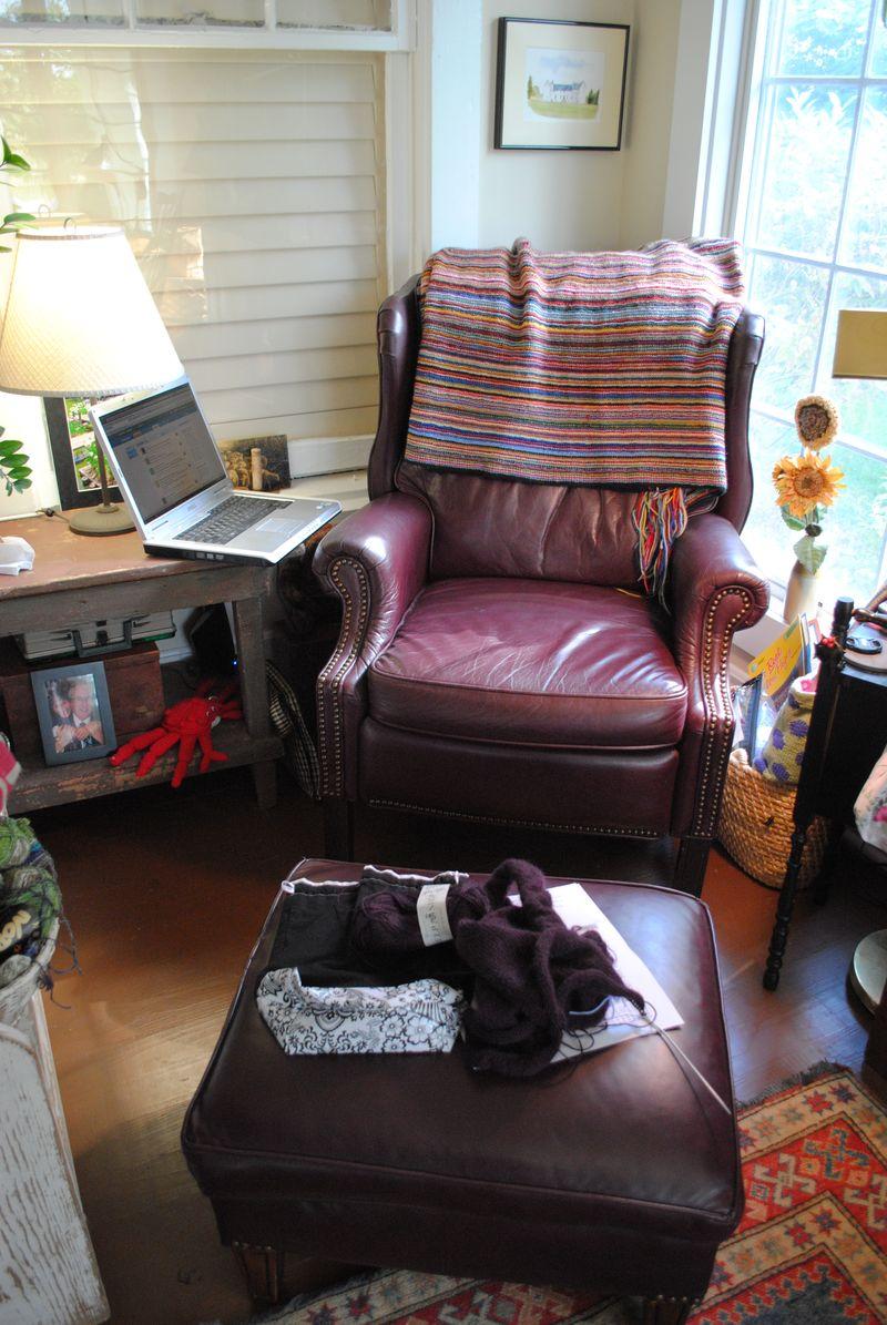Knitting room 002